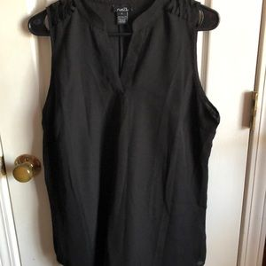 Rue 21 Black Top